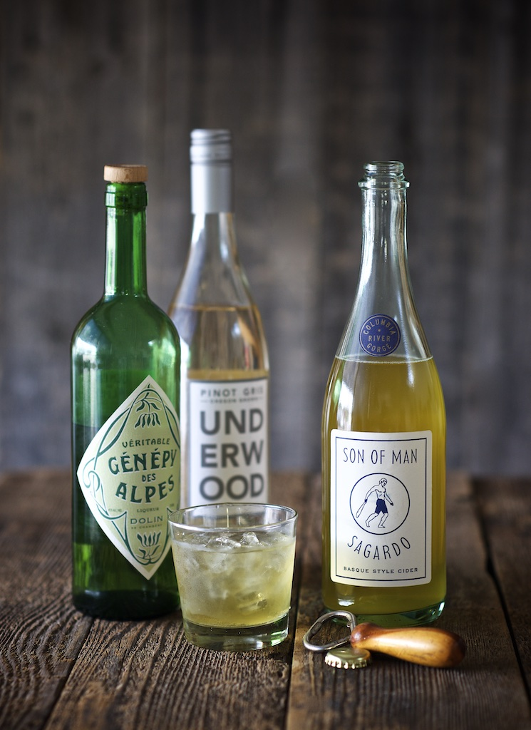 Underwood Pinot Gris Apple Cider Cocktail